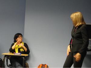 通訳クラスBrenada Nicodemu先生の授業中(2012年11月)